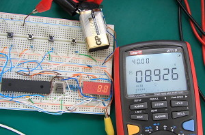 PIC16F877A Digital Voltmeter UT71D Test